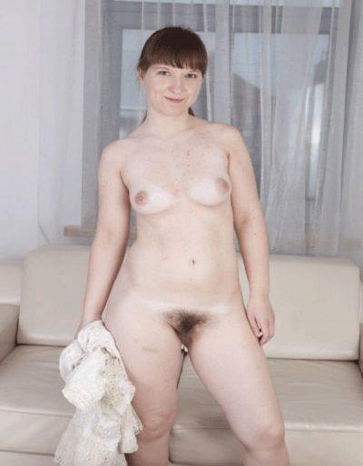 Женщина познакомится с мужчиной для интим переписки в watsap или viber