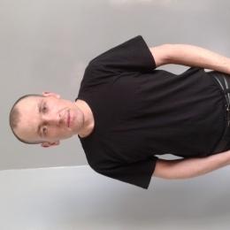 Смелый парень из Ростов-на-дону. Ищу смелую девушку для секса
